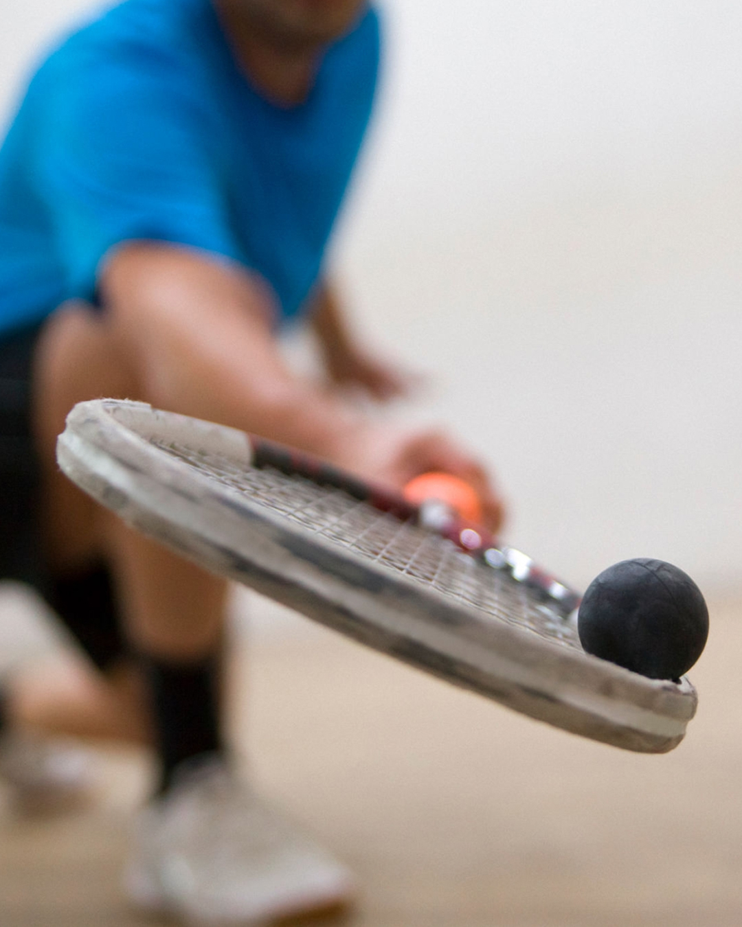 racket repair and stringing service
